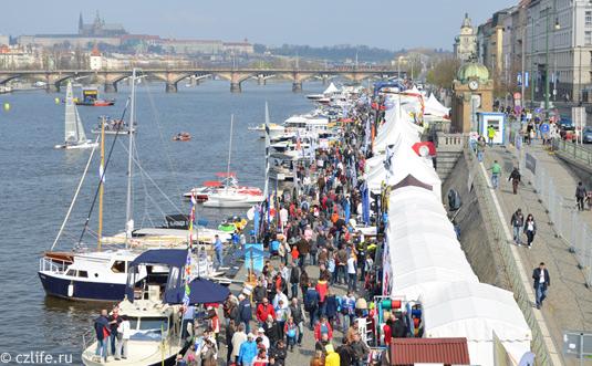 Фестиваль парусников в Праге