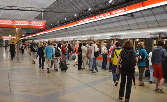 В туннелях метро Праги появится сотовая связь